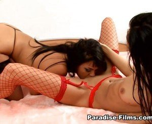 Regina Moon & Simoni Diamond i